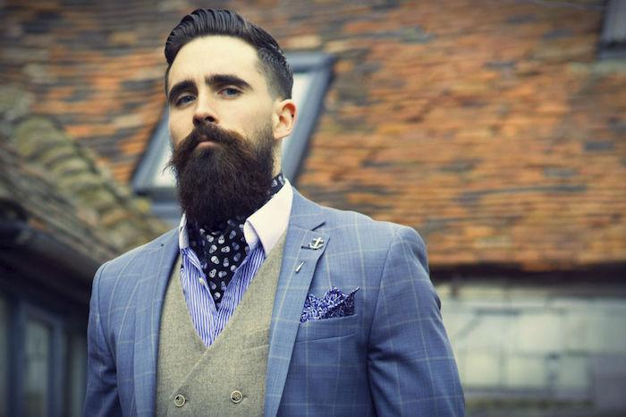 photo costume homme hipster bleu a carreaux avec gilet gris et cravate lavallière marine à tete de mort