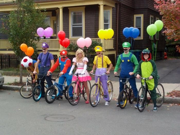 Theme anniversaire adulte, idée pour le thème déguisement, soirée parfait pour party style Mario cart, super mario costumes