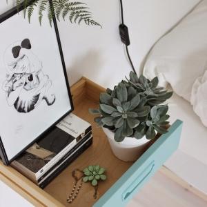 La table de chevet en palette et autres matériaux recyclés - une ode au mobilier authentique en plus de 60 idées DIY