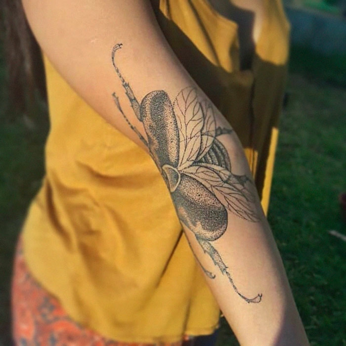 Tatouage amitié, tatouage avant bras beau tatouage minimaliste, originale idée de tatouage qui bouge quand on bouge notre main