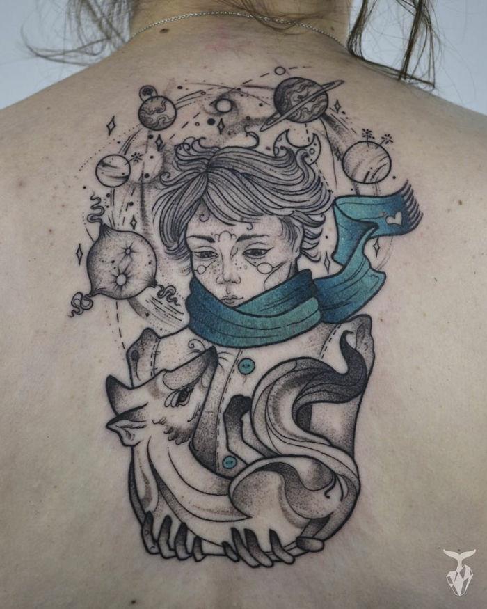 Symbole tatouage bras homme, tatouage minimaliste, symbole de tatouage cool idée, portrait de petit prince original
