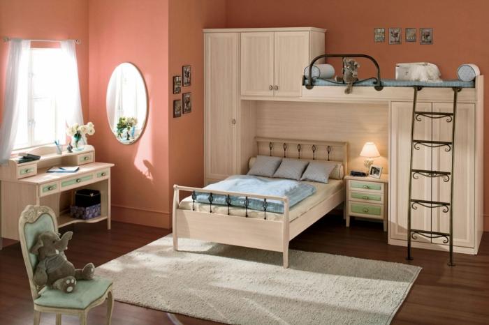 jolie petite chambre d'enfant, tapis gris clair, miroir oval, bureau blanc, lit bibliothèque enfant