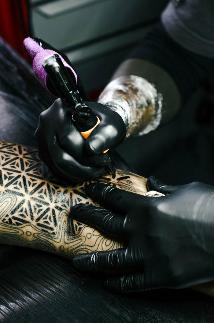 Signification tatouage prenom, tatouage poignet femme le plus beau tatouage du monde, original tatouage celtique tradition