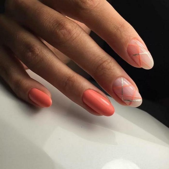 ongles ovales en couleur orange, bandes adhésives à ongles, manucure ongles mi-longs