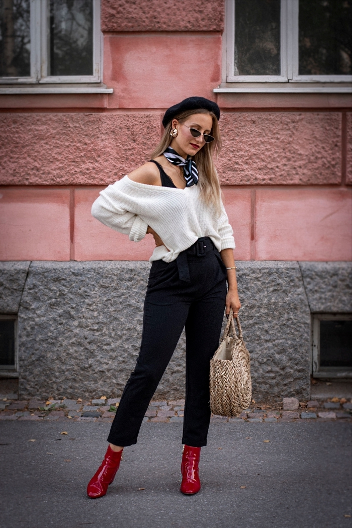 vision chic et stylée avec foulard carré, tenue blanc et noir avec chaussures rouges, exemple noeud echarpe ou foulard facile