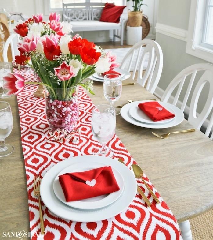modele pliage serviette en papier pour mariage. Black Bedroom Furniture Sets. Home Design Ideas
