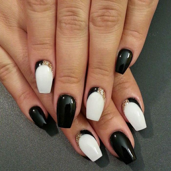 ongles en noir et blanc, vernis pailleté, manucure effet graphique sur ongles en forme ballerine