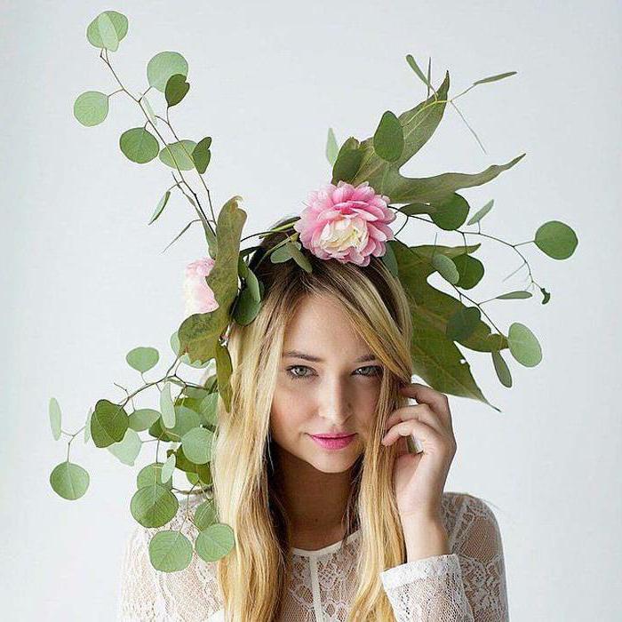 Cool idée comment organiser une soirée déguisée, soiree a theme particulier, femme nature avec une couronne de fleurs