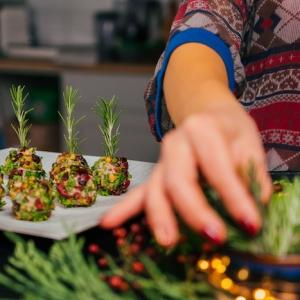 Zoom sur les recettes d'apéro de noël - petits mets festifs et amuse-bouches de dernière minute
