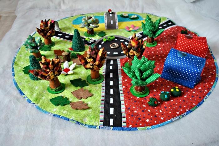 activité manuelle facile, comment faire un tapis rond en tissus, idée tapis de jeu enfant à design patchwork facile
