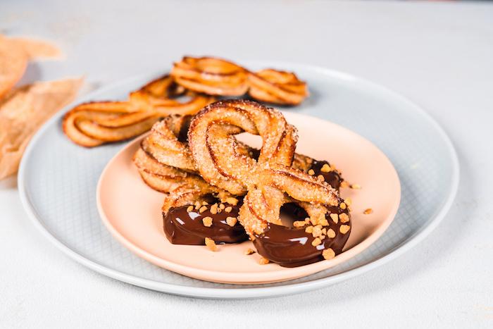recette churros au four a faire soi meme dessert sain avec de la farine de blé entier et de la cassonade