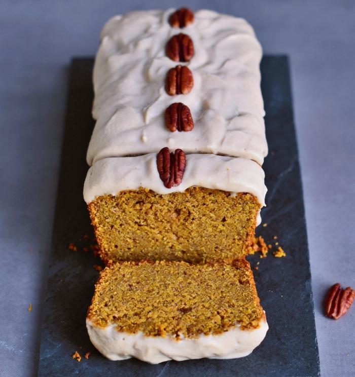 recette de gâteau pain moelleux à la courge et noix de cajou, recette gateau sans oeuf et sans beurre