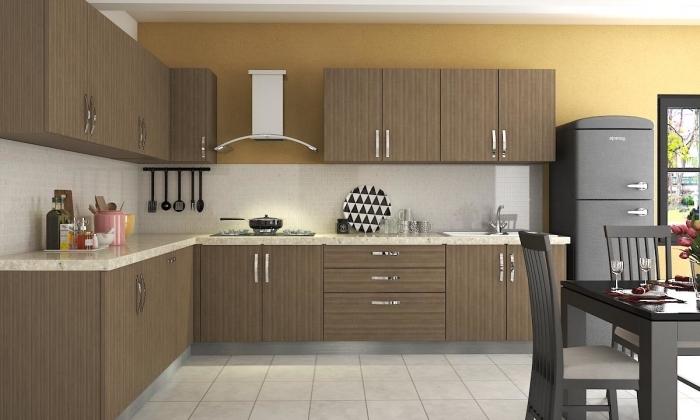 modèle de cuisine en L avec table à manger, idée cuisine en blanc et bois avec mur en jaune moutarde et finition en noir