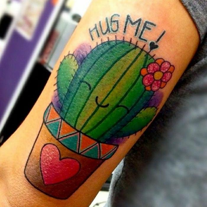 Atypique tatouage infini, idée tatouage poignet femme, inspiration tatouage original cactus qui dit caline moi