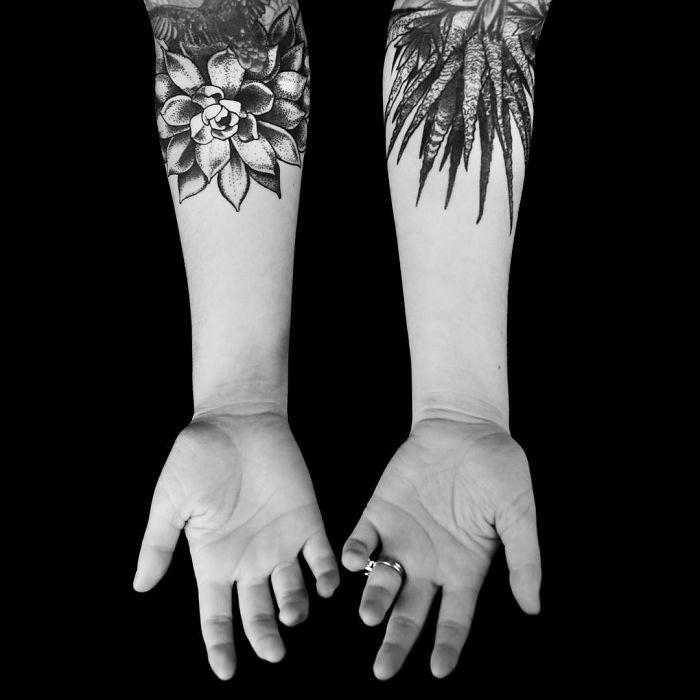 Tatouage original, galerie de photos inspiration tatouage extraordinaire se tatouer les mains avec son amour