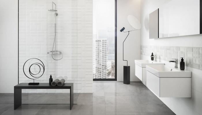 exemple meuble salle de bain double vasque, revêtement mura à effet relief, déco salle de bain en blanc avec objets en noir