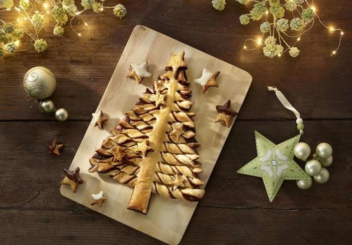 recette sapin pate feuilletée, exemple comment décorer un arbre de noel au chocolat avec cookies en forme d'étoiles