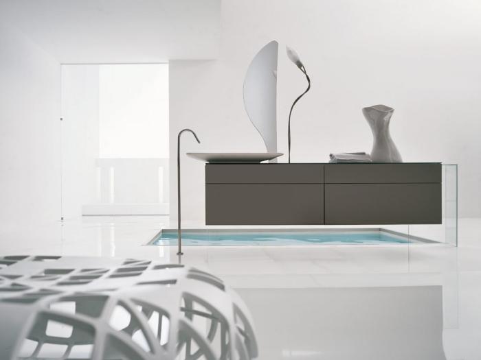 carrelage sdb laqué, déco épurée et minimaliste de style contemporain avec meubles en couleurs neutre et formes géométriques