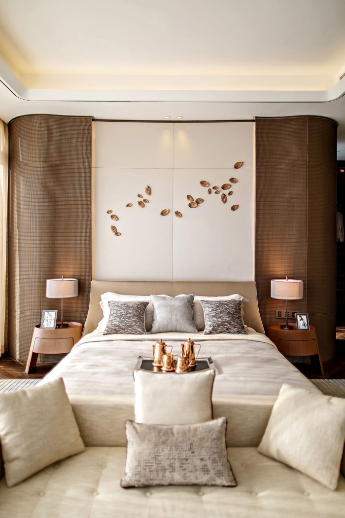 exemple de peinture chambre adulte 2 couleurs, décoration de chambre à coucher moderne en couleurs neutres