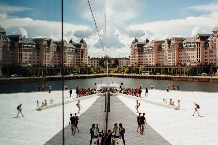 l'architecture contemporaine et respectueuse de l'environnement qui repose sur les innovations et recours aux énergies renouvlables