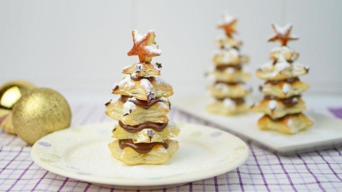 mini sapins de noel en pâte feuilletée et chocolat, exemple de petit gâteau de noel facile et rapide au Nutella
