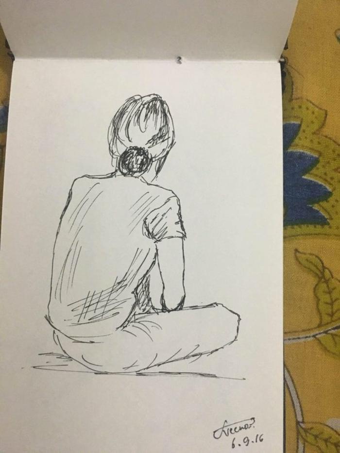 Dessin facile a reproduire comment apprendre à dessiner image a dessiner, esquisse de femme dos chignon