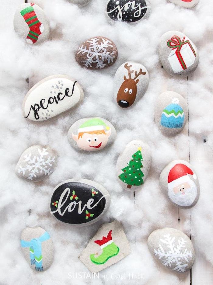 peinture sur galets idée pour noel, galets décorés à motifs père noel, sapin de noel, rudolphe, cadeau, flacon de neige