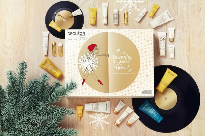 Idée calendrier de l avent la meilleure idée cadeau calendrier de l avent la meilleure idee maquillage petits bouteilles