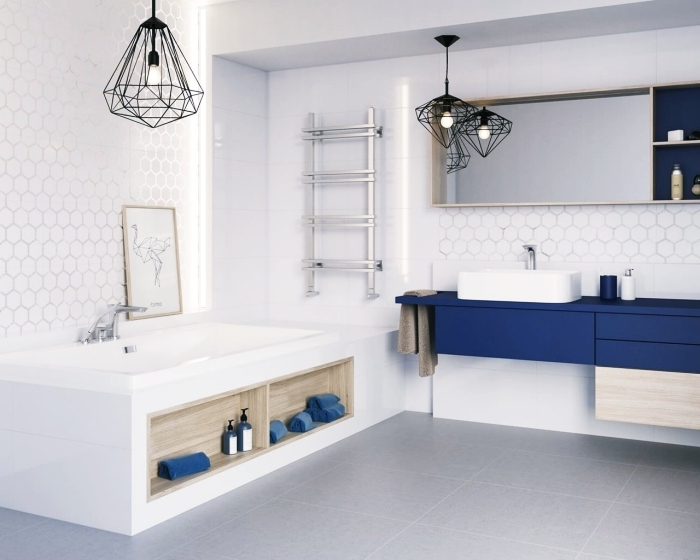 déco de style contemporaine avec objets industriel à finition noir mate, modèle de baignoire avec rangement ouvert en bois