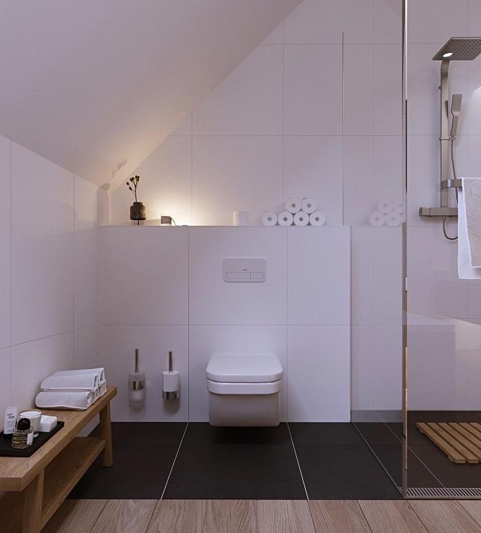 optimisation espace sous pente avec rangement mural ouvert, aménagement petite salle de bain 5m2 avec toilettes et douche