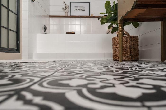 1001 id es peindre du carrelage un coup de jeune sans tuile. Black Bedroom Furniture Sets. Home Design Ideas