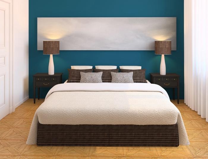comment aménager une chambre à coucher adulte 2019, peinture chambre adulte 2 couleurs blanc et bleu d'eau, couleur vert d eau ou bleu d'eau