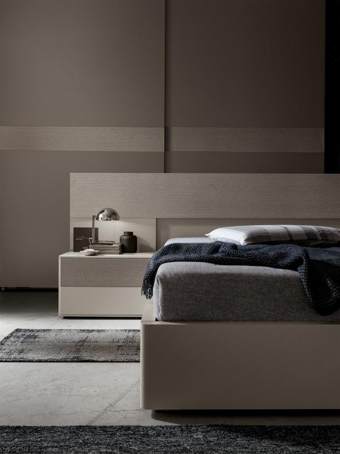 décoration chambre à coucher en couleurs neutres, aménagement chambre adulte avec meubles blanc et gris