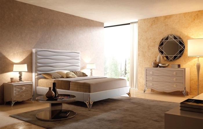 décoration chambre à coucher en couleurs neutres, aménagement pièce adulte aux murs marron et beige, coloris mural de nuances terreuses