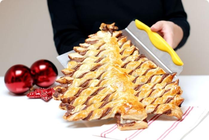 recette noel au chocolat, comment préparer un gâteau de Noël facile et rapide, exemple arbre de Noël au Nutella et pâte feuilletée
