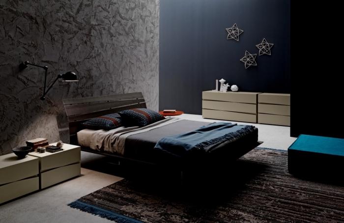 décoration chambre à coucher aux couleurs foncées, peinture murale en gris anthracite, meubles design en bois