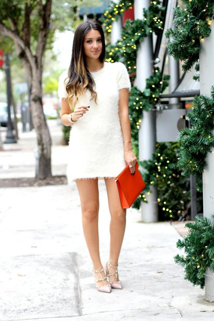 Robe pour noel, tenue de fete tenue habillée femme quelles couleurs choisir, robe courte blanche, robe d'hiver quand il fait chaud