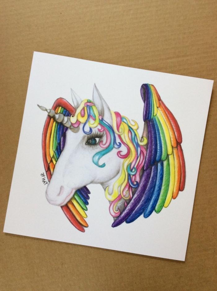 dessiner une licorne ailée aux couleurs de l'arc-en-ciel, dessin poétique au crayons de couleur