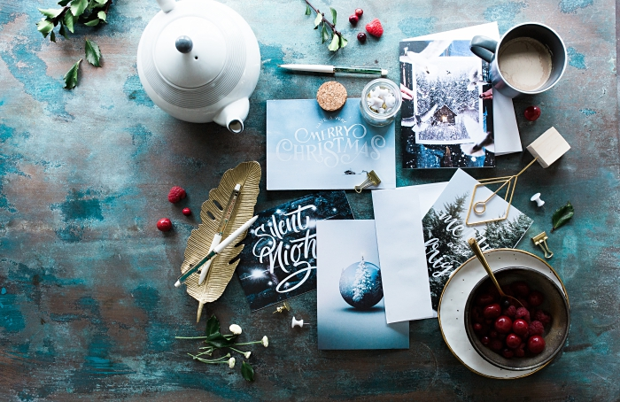 activité manuelle pour la fête de Noel, idée scrapbooking facile pour Noël, jolie carte noel à fabriquer soi même en papier kraft