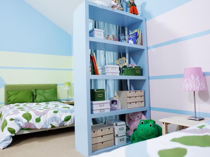 cloisons amovibles, meule de séparation étagère de séparation couleur bleue, deco chambre enfant bleu et vert