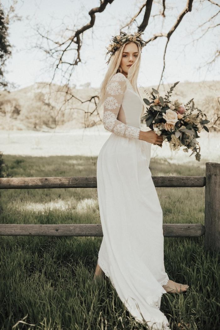 robe de mariée champetre, modèle de robe longue à jupe fluide avec manches à effet tatouage et ouverture dos échancré
