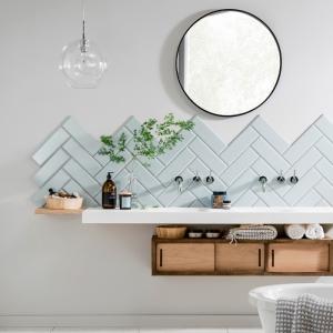 Les meilleurs solutions pour une crédence salle de bain esthétique et fonctionnelle