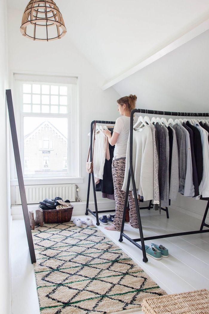 Dressing tout en un dressing chambre cozy décoration stylée, tapis motif geometrique