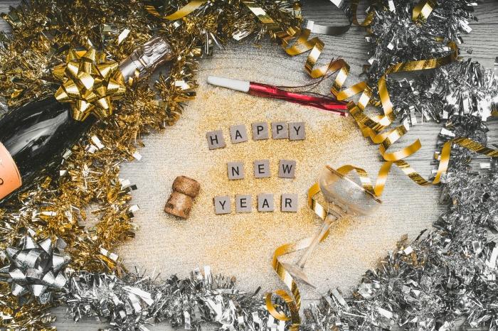 souhait excellente année, wallpaper pc nouvel an, idée carte de voeux numérique pour bonne et heureuse nouvelle année