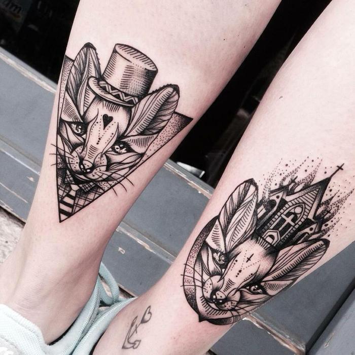 Modele de tatouage chat, original dessin tatouage abstrait de chats sur les deux pieds, belle image dessin graphique