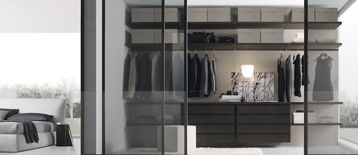 Meuble rangement derriere verriere, chambre rangement vetement aménagement chambre