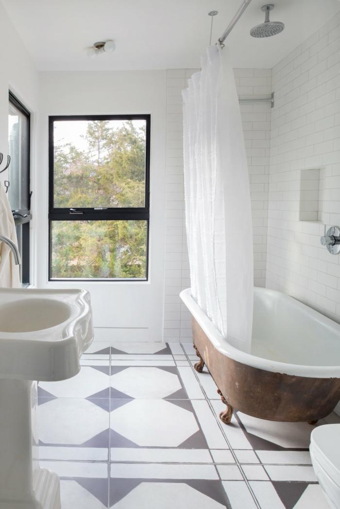 Decoration industrielle dans une salle de bain rustique avec belle fenetre, idee interieuer style scandinave, inspiration pour salle de bains
