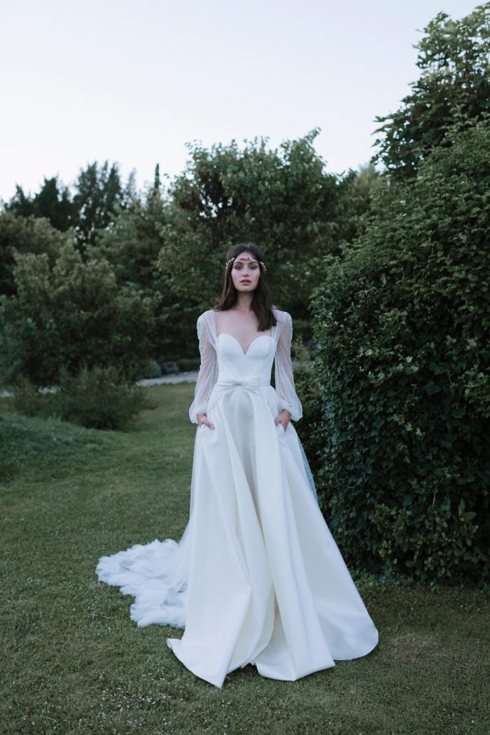 idée pour une robe de mariée originale, exemple couture nuptiale avec robe bustier aux manches bouffantes
