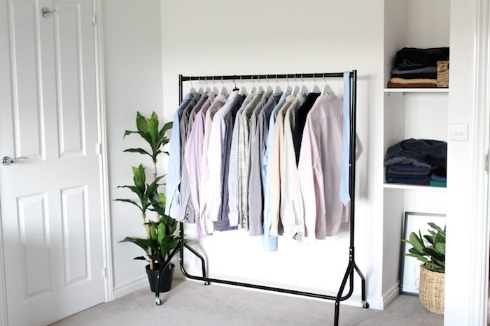 Dressing tout en un penderie basse déco de chambre tout est visible