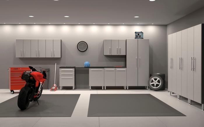 design intérieur moderne dans un garage gris avec meubles de rangement et emplacement voitures, déco moderne garage